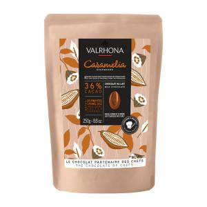Caramélia 36% chocolat au lait de couverture fèves 250 g
