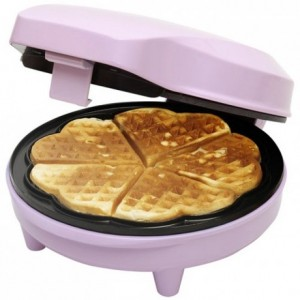 Bestron Sweet Dreams - Heart Shaped Waffle Maker