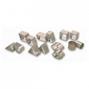 Boite de 42 découpoirs de formes géométriques en fer blanc