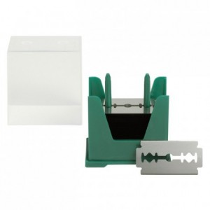 Dispensing box of 250 scarifying blades 43 x 20 mm