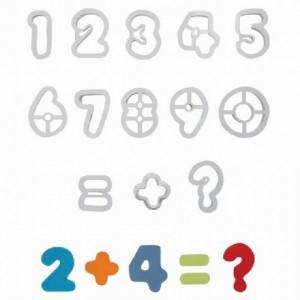 Découpoir PME chiffres 13 pièces