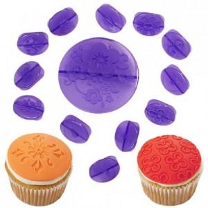 Kit à décoration pour cupcakes Wilton fleurs 14 pièces
