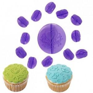 Kit à décoration pour cupcakes Wilton coeurs 14 pièces