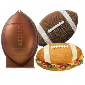 Wilton Football Pan 30x20x8cm