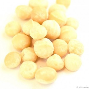 Raw macadamia nuts 250 g