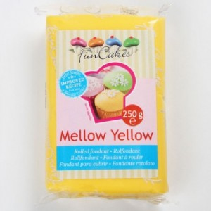 Pâte à sucre FunCakes jaune 250 g