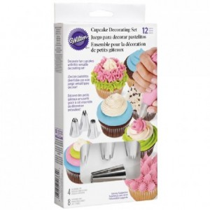 Wilton Cupcake Decorating Set/12